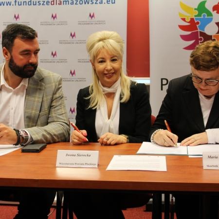 7,6 mln zł z budżetu Mazowsza na drogę Szumanie Bielsk