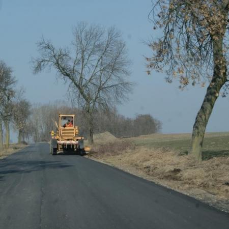Przebudowa drogi powiatowej nr 2951W o długości 9,596 km wraz z infrastrukturą towarzyszącą