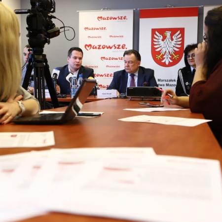 Konferencja dotycząca programów wsparcia proponowanych przez Samorząd Województwa Mazowieckiego