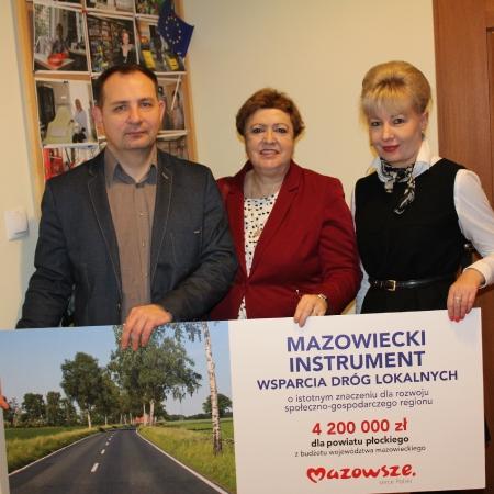 """Starosta: """"Bierzemy się za robotę i budujemy tę drogę, Panie Marszałku!"""""""