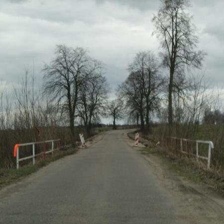 """Utrudnienia będą związane z zadaniem pn. """"Modernizacja przepustu w km 4+949 nad Kanałem Dzierżanów"""""""