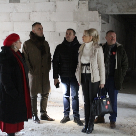 """Z wizytą w odbudowywanym DPS """"Nad Jarem"""" w Nowym Miszewie"""